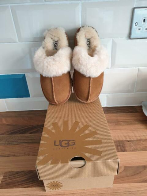 e9e88b3049f UGG K-COZY Chestnut Brown 5236 K / CHE Slippers Kids Size UK13 Brand new  boxed