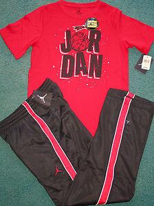 80f399069d0e NWT Nike Air Jordan Boys YXL Red Black Warner Bros Glow In Dark ...
