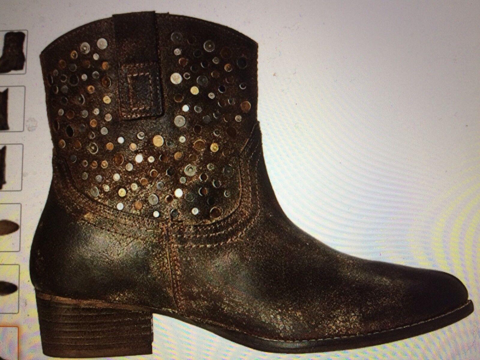 fino al 42% di sconto NIB 8.5 DIBA Flying Solo distressed distressed distressed Leather stivali studded western boho Marrone  al prezzo più basso