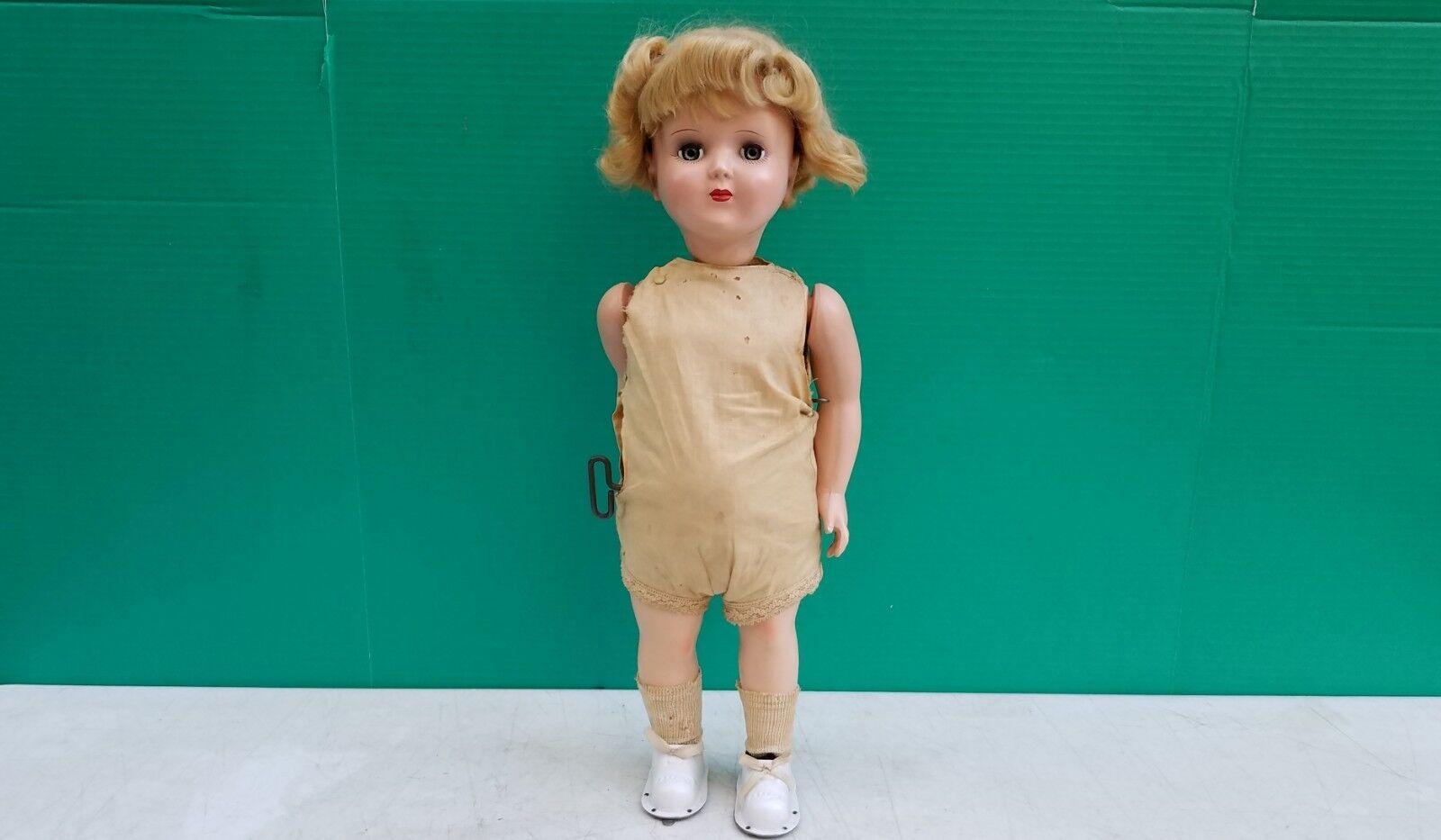 Wanda Wanda Wanda The Walking Doll Advance Doll Toy Corp - Wind up Hard Plastic doll 1950s 4a06b8