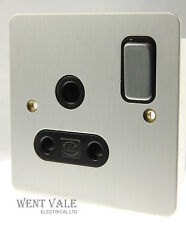 MK K14383 SAA B Edge Range - 15a Round Pin Switched Single Socket  NIB