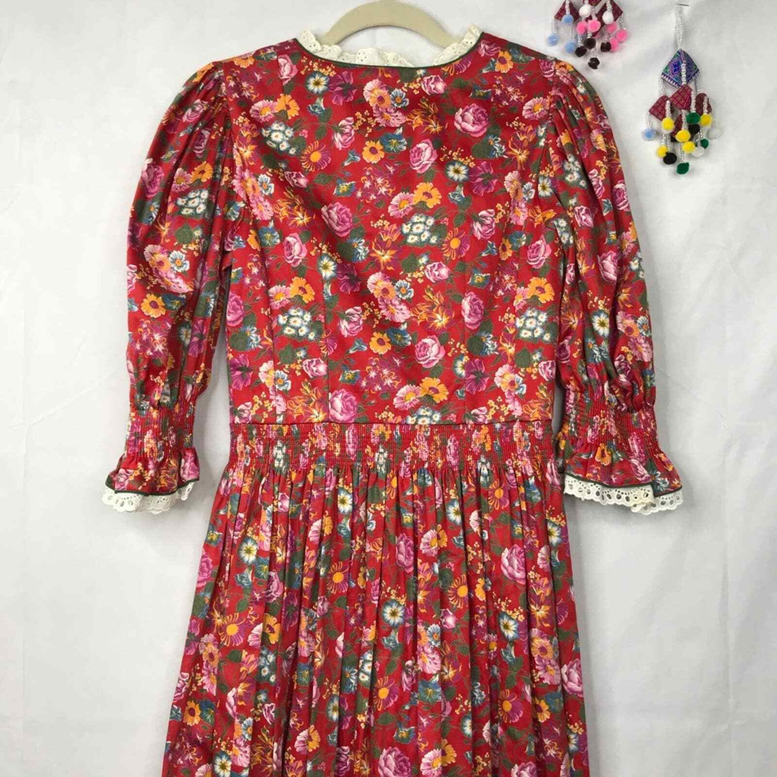 60s Style cottagecore floral prairie pleated dress - image 8
