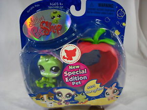 BNIB-LITTLEST-PET-SHOP-SPECIAL-EDITION-PET-CATERPILLAR-WITH-APPLE-829