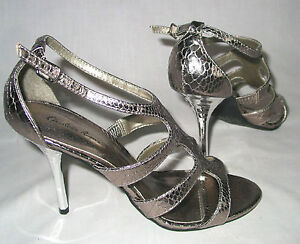 Charlotte-Russe-silver-snake-stiletto-sandals-t-strap-womens-7-5-minimal-use-HOT
