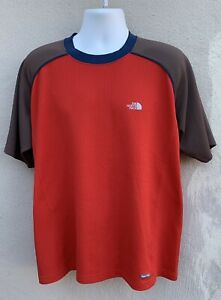 The-North-Face-Mens-Short-Sleeve-Vapor-Wick-Athletic-Shirt-Polyester-Red-Gray-XL