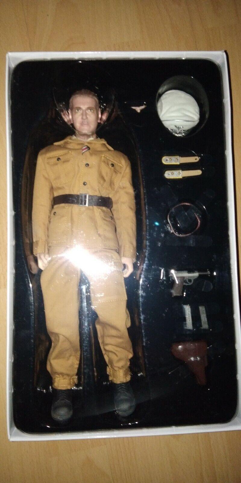 encuentra tu favorito aquí Segunda Guerra Guerra Guerra Mundial comandante alemán Otto Skorzeny 1 6 figura Italia 1943 Cyber Hobby COMMANDO  los nuevos estilos calientes