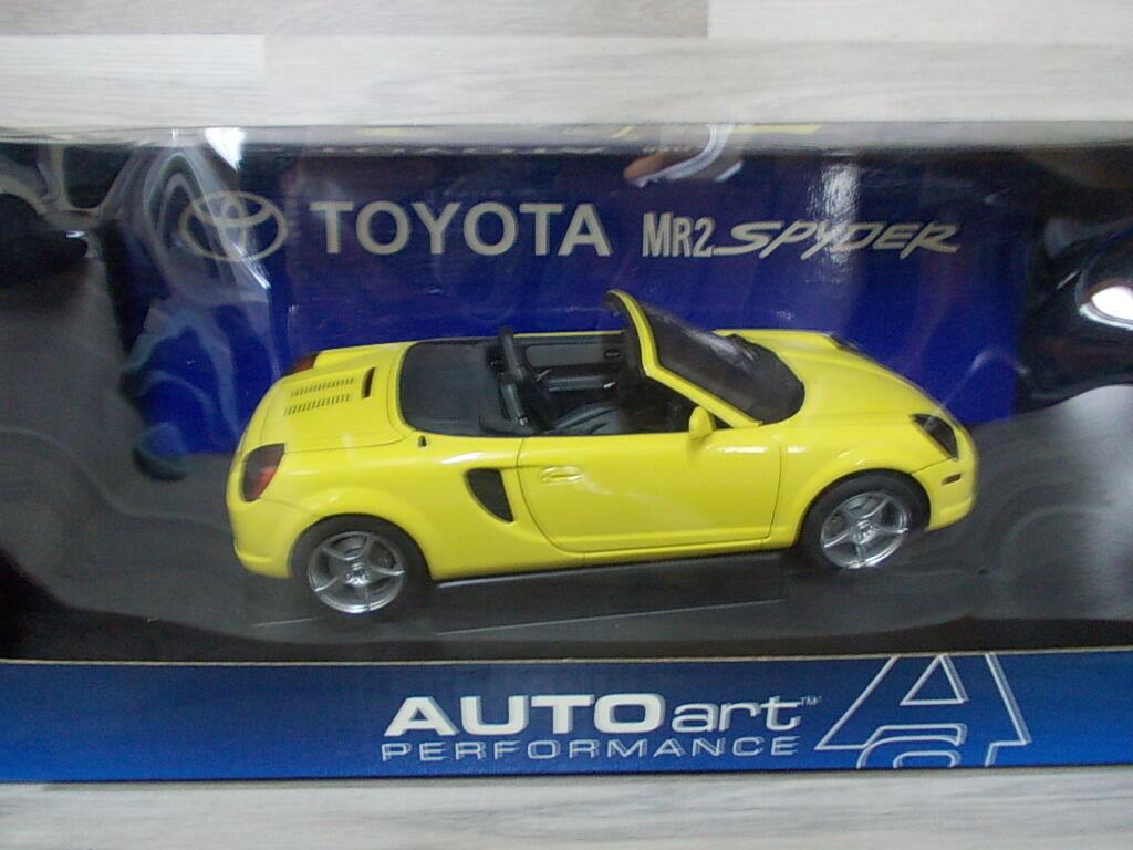 Auto ART 1 18 - toyota mr2 spyder-jaune