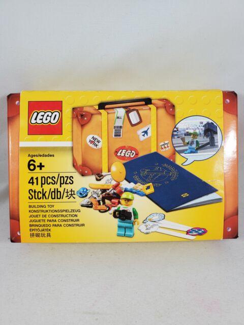 LEGO TRAVEL BUILDING SUITCASE MINI FIGURE KIT - BNIB