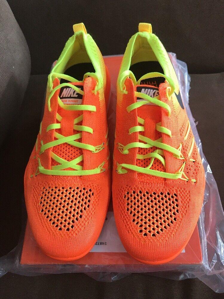 Nike Women's Free TR Focus Flyknit Sneakers Size 7