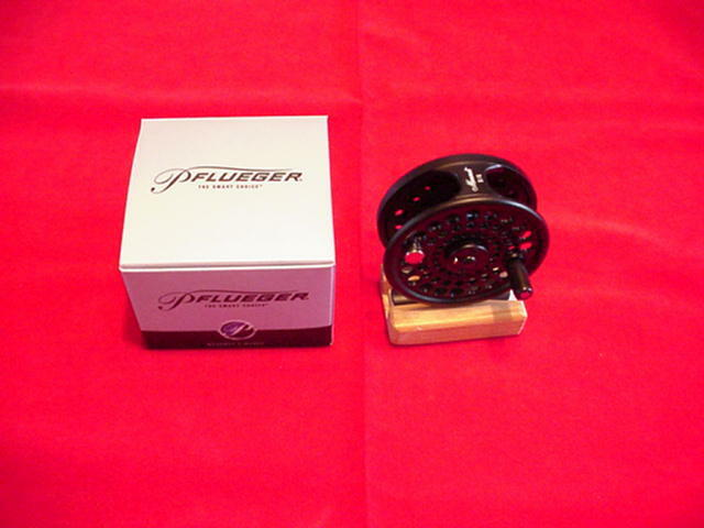 Pflueger Monarch 7/8 NEW Fly Reel Fly Reel GREAT NEW 7/8 4106ef