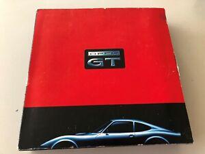 Schuco-1-43-Opel-GT-rot-Sammlerbox-Modellauto-Set-RAR-LImitiert