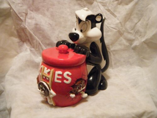 pepe le pew cookie jar