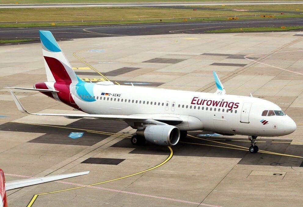 JFOX JFA320020 1 200 EUROWINGS AIRBUS A320-214 D-AEWO D-AEWO D-AEWO WITH STAND b3bc93