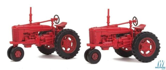 Red Tractors HO 2-Pack - Walthers SceneMaster #949-4160 vmf121