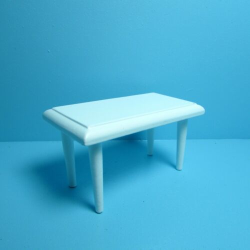 Dollhouse Miniature Living Room Coffee Table in White ~ CLA10302
