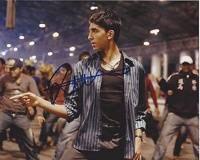 Entertainment Memorabilia Movies Actor Dev Patel Signed Slumdog Millionaire 8x10 Photo W/coa Lion Movie We Have Won Praise From Customers