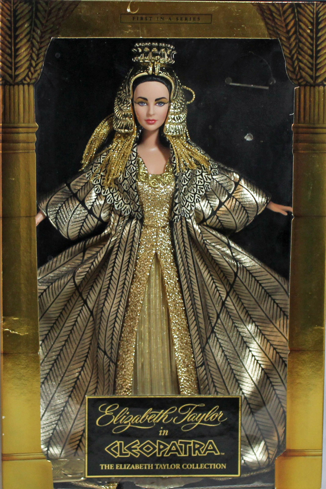 @ - BARBIE  CLEOPATRA  Timeless Treasure  COLLECTORS EDITION  Elizabeth Taylor  NRFB