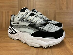 umbro black trainers