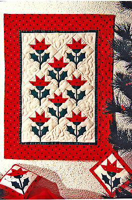 SEWING PATTERN Applique &Pieced Christmas Lily Quilt Ornament Pincushion UNUSED