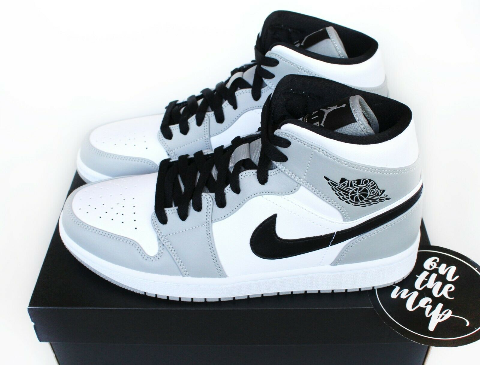 Nike Air Jordan 1 Retro Mid Smoke Grey