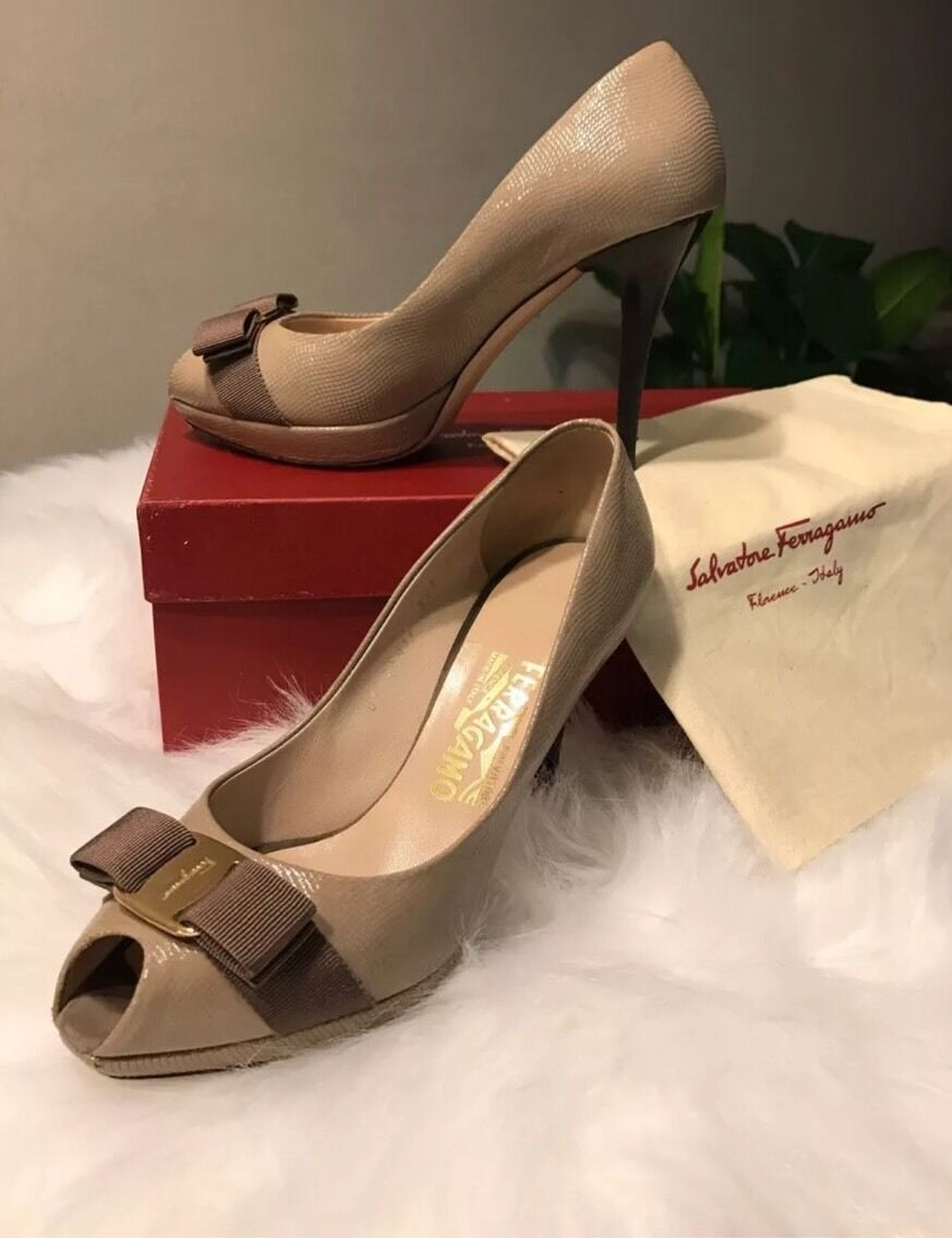 Salvatore Ferragamo Plum Peep Toe  Pump shoes Size 7.5 B  695.00