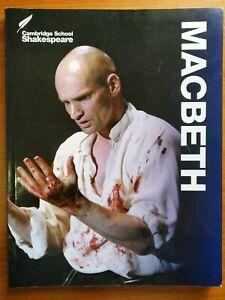 Macbeth-6th-printing-2015-9781107615496