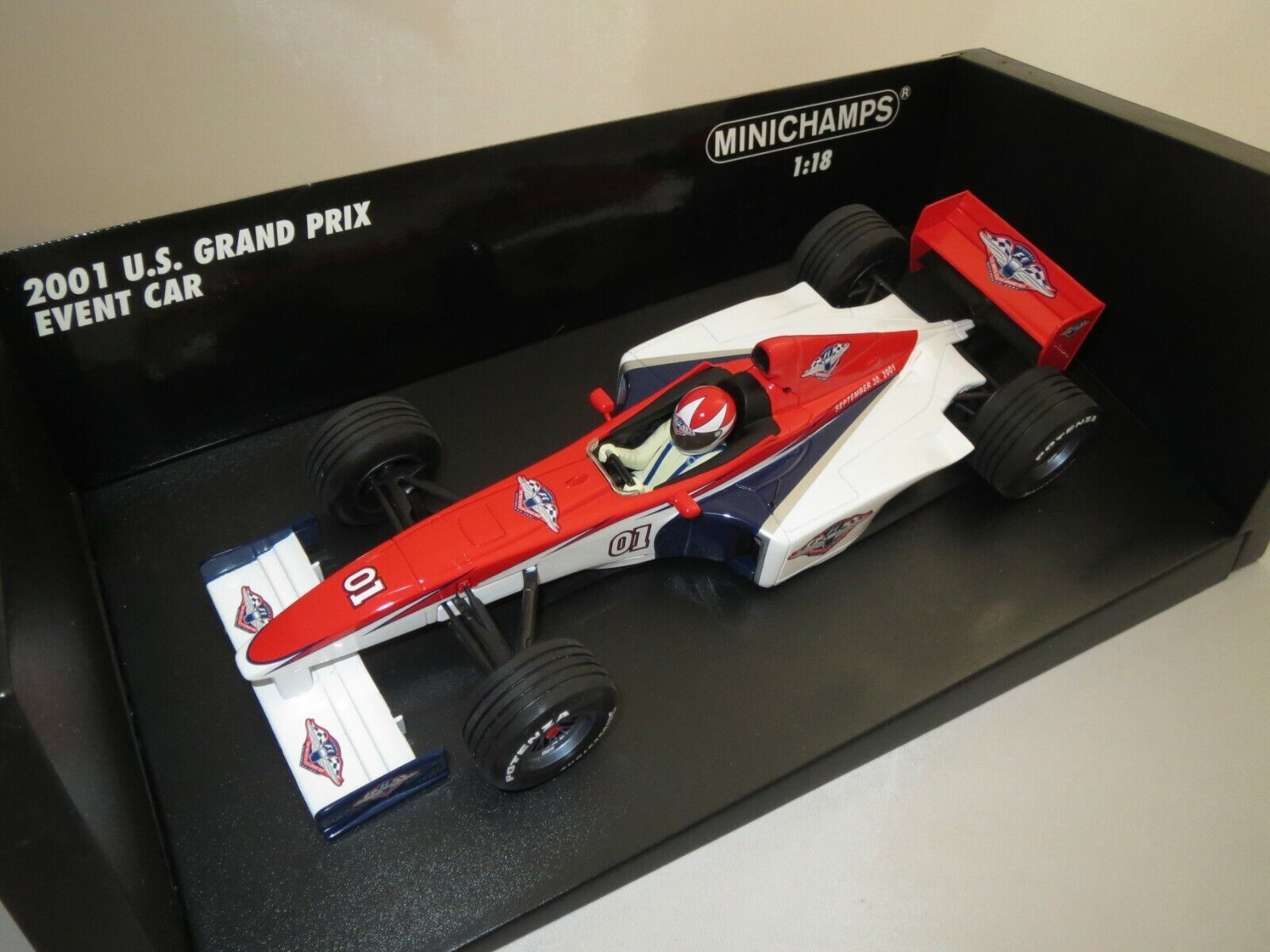 Minichamps ACTION PERFORMANCE U.S. Grand Prix event CAR  01  2001  1 18 (s9)