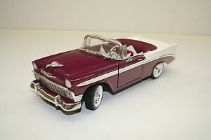 Modellauto 1 18 1956 Chevrolet Bel Air Lila Weiß Road Signature 92128 Top 028 Ebay