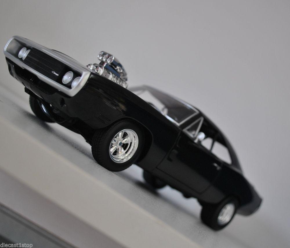 1 18 Hot Wtalons Original  Film Model Fast & Furious Dom's 1970 Dodge Charger R T  livraison directe et rapide