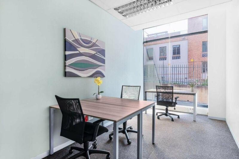 Move into ready-to-use open plan office space for 10 persons in West Rand Konstantia Kloof