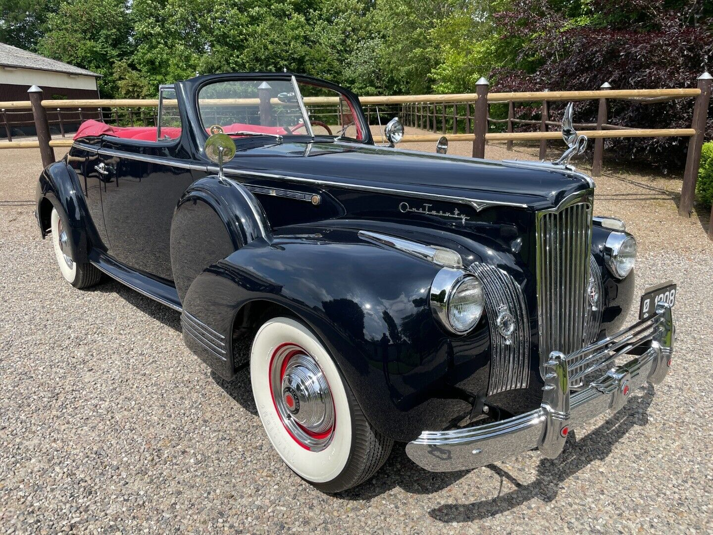 Packard Super Eight 4,6 Deluxe Cabriolet 2d