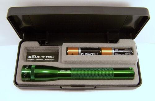 281 Lumens LED SP+P397 Mini 2-Cell AA St Patrick/'s Day Green Box Maglite Pro