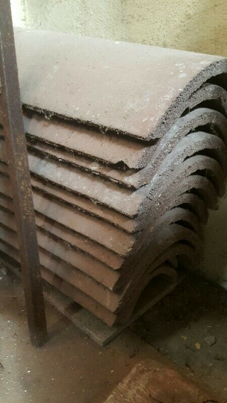 ROOF  CAPPING TILES CEMENT