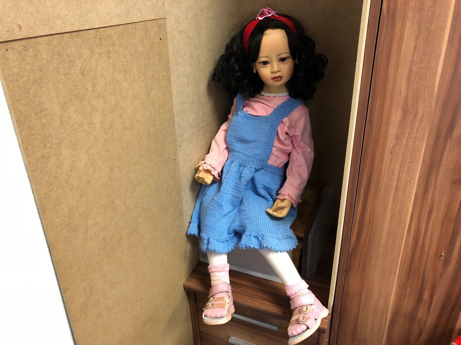 Dwi saptono vinilo muñeca 84 cm. edición limitada. top estado