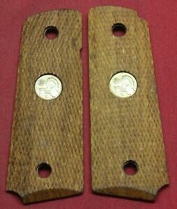 Colt Firearms Factory Officers Model Size series 80 1911 Wood Grips