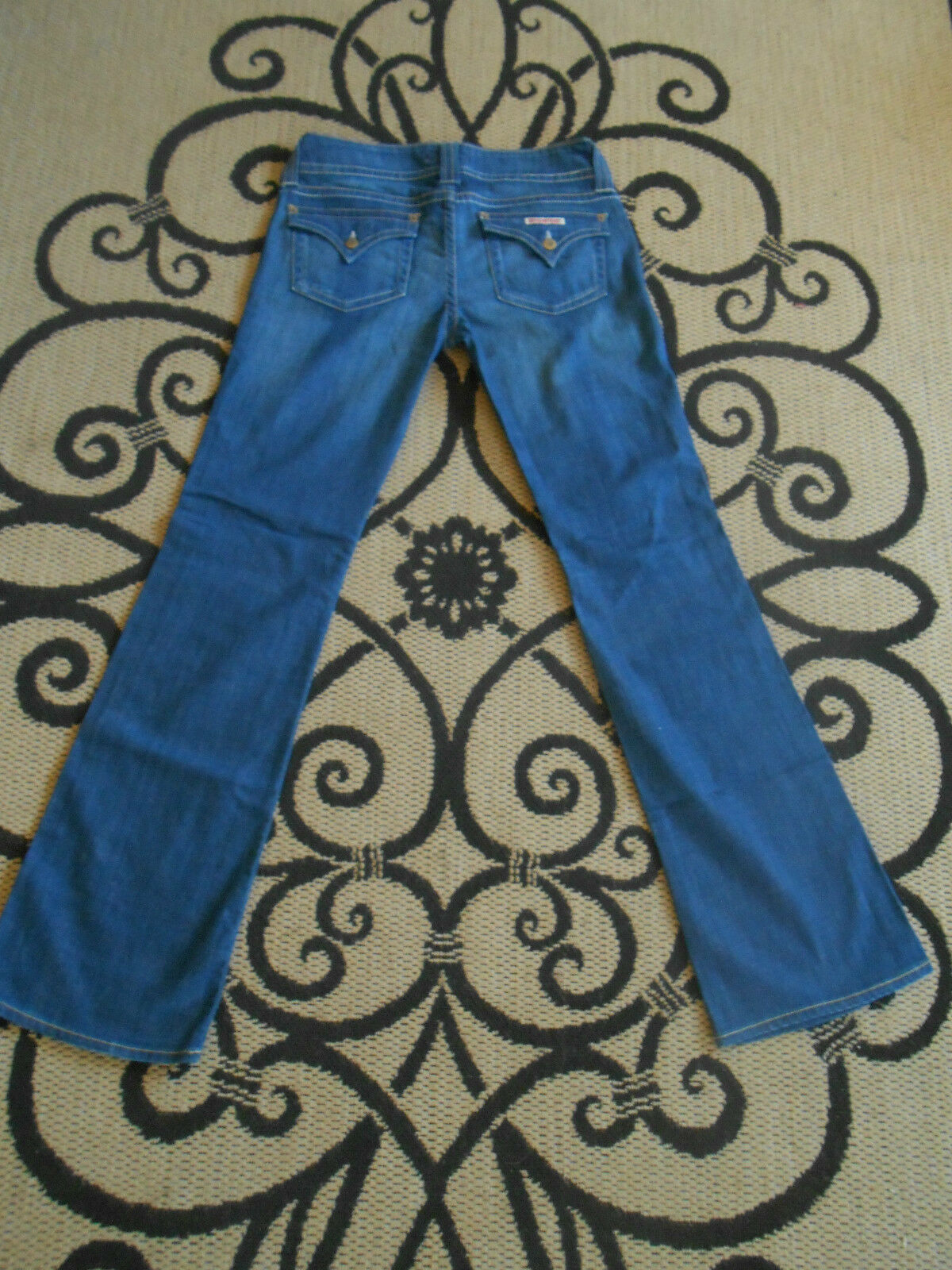 HUDSON JEANS color cry-vintage med. SIZE 30 LoWaist32X33 BOOT LKnew USA - EUC