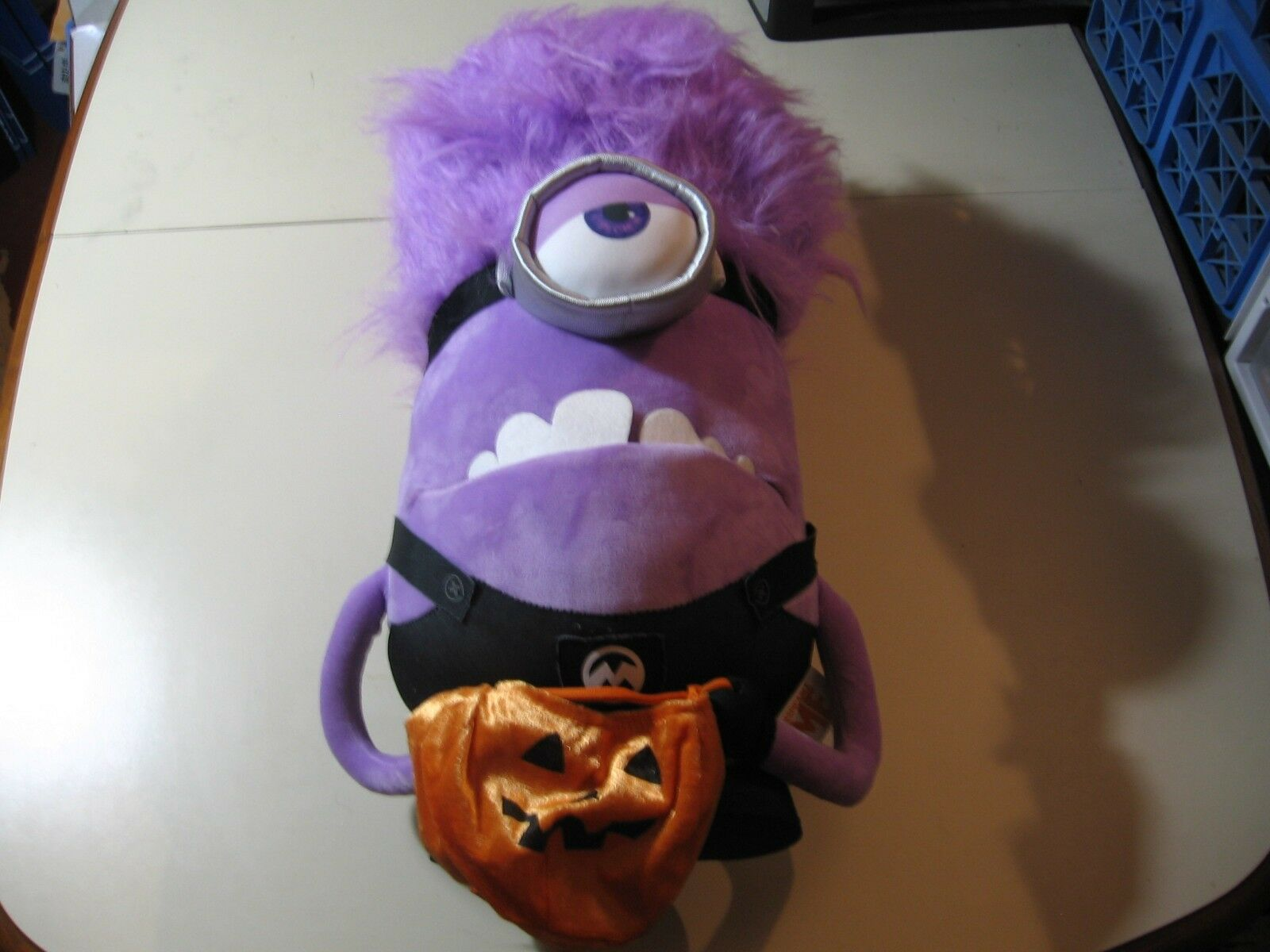 21  plush jumbo Evil viola Minion doll, from Despicable Me, good condition