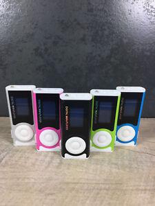 MP3-Player-mit-Display-und-Clip-Funktion-Lampe-Speaker-Micro-SD-bis-32GB-WOW