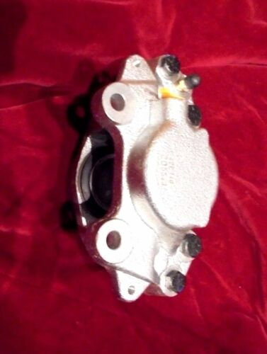 ** RIGHT SIDE ** x1 AUSTIN HEALEY 3000 Mk3 FRONT BRAKE CALIPER From 64-68
