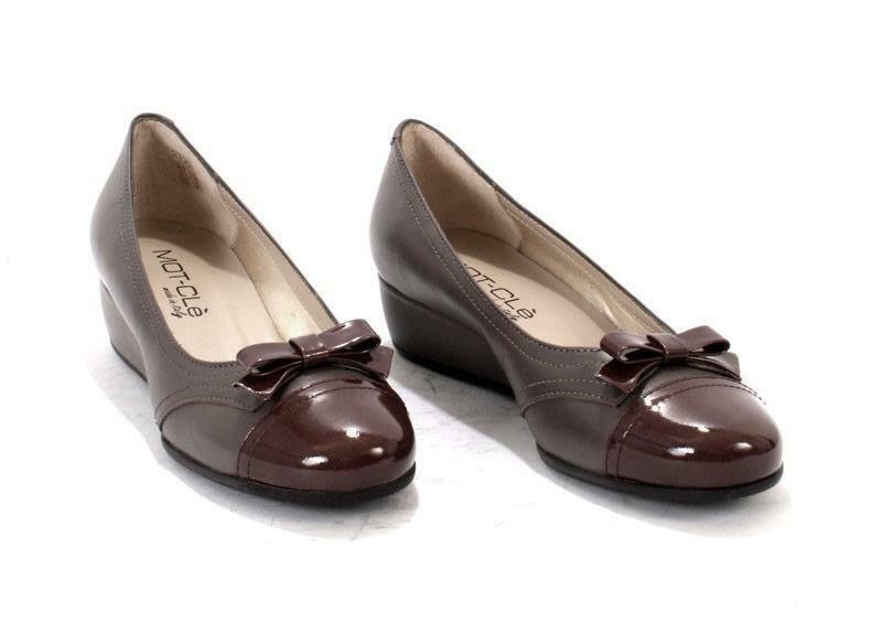 MOT-CLe 5373 Taupe Leather / Patent Leather Wedge Bow Pumps 37 / US 7