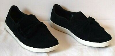 Skechers Black Madison Ave Suede Bow
