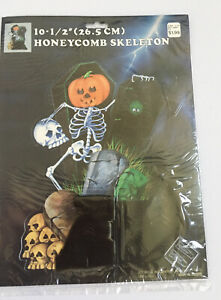 Vintage-Halloween-Honeycomb-SKELETON-10-5-Woolworth-New-In-Package