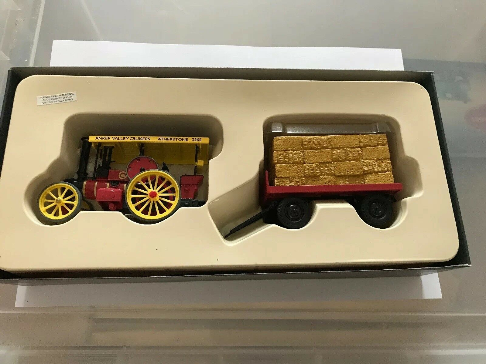 Corgi vintage glory of steam  80307Garrett Road Tractor & Flatbed Trailer Anker