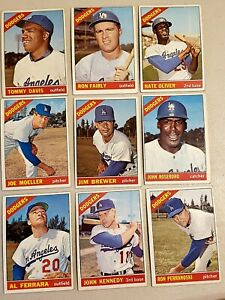 Lot-of-9-1966-Topps-Los-Angeles-DODGERS-Vintage-cards-Ron-Perranoski-Hi