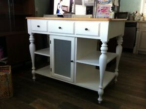 Gorgeous Kitchen Island White With Glass Doors Drawers Shelves 30x48
