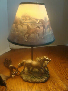 Horses Figural Desk or Table Night Lamp Light-With Shade-EXCELLEN