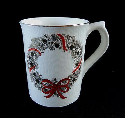 Otagiri Christmas Coffee Cup Wreath Gold Trim Mug Tea Soup Japan Larry Stone