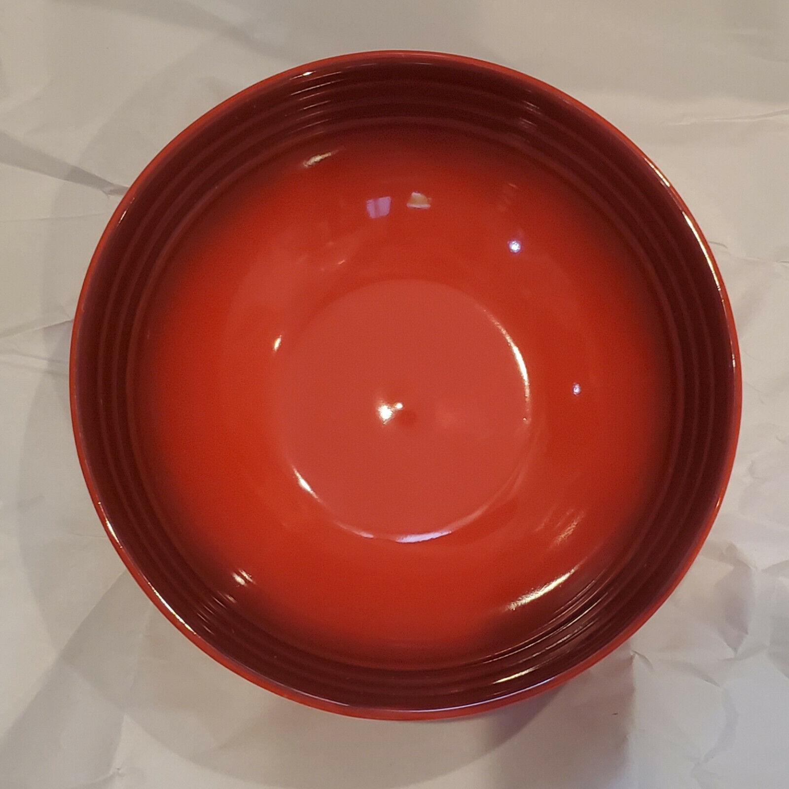 "Le Creuset Cherry Red Cerise 10/"" Rimmed Pasta BOWL 16oz EUC Salad Dinner Plate ?"