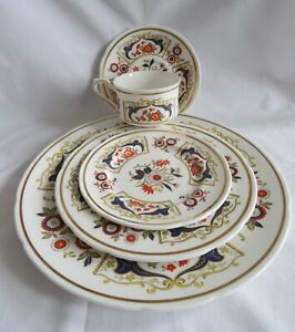 PARAGON-CHELSEA-5-Pc-Place-Setting-Dinner-Salad-Side-Cup-Saucer
