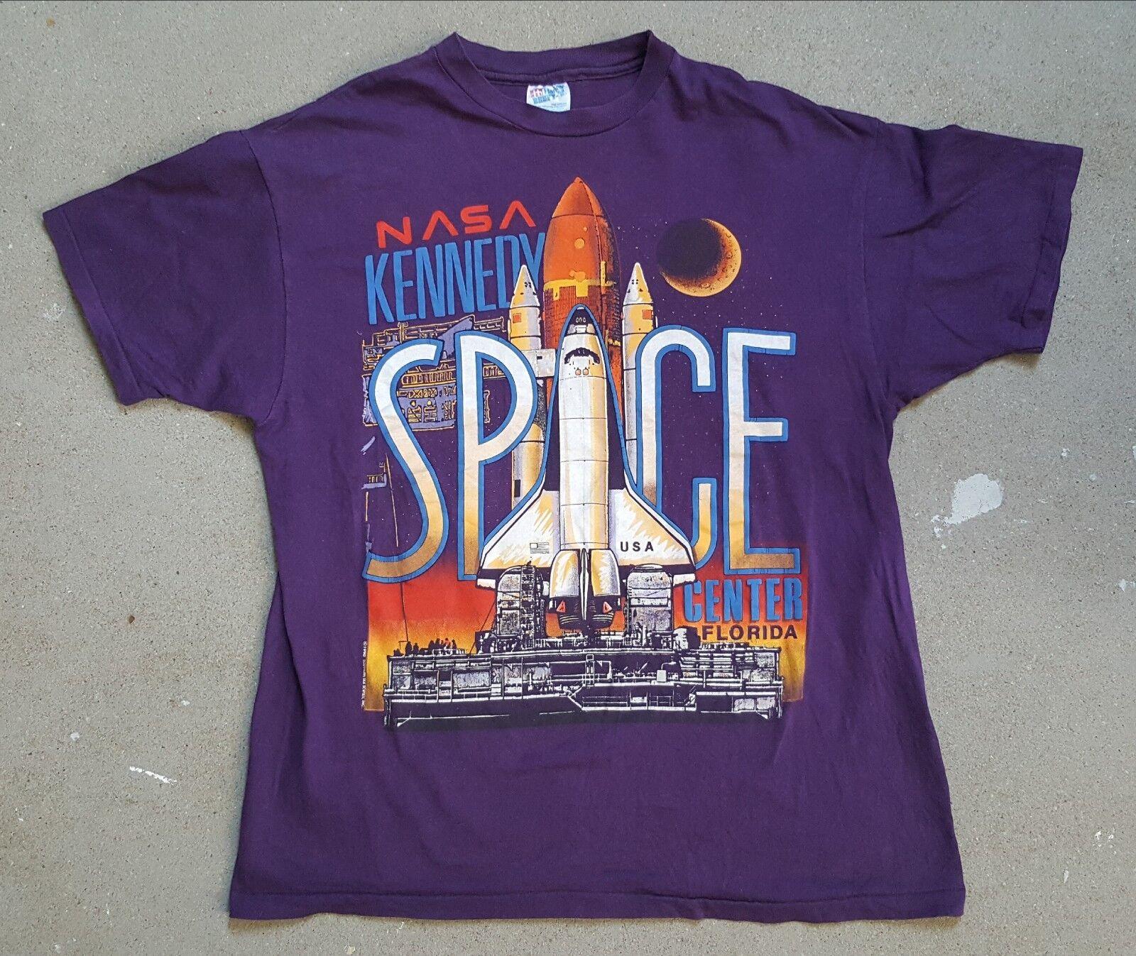 Vintage NASA Kennedy Space Center Shuttle 1990  T-Shirt Large RaRe